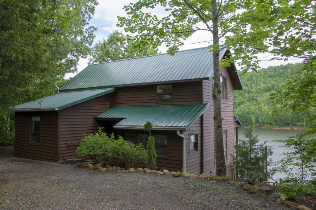 Watauga Lake Vacation Rental Cottage